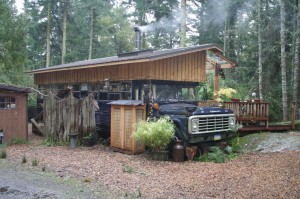 The Magic bus on Lopez Island. Much tea here!
