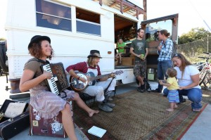 Scallywagon (Whiskey and Fraser) play music during the Bayside Park Farm Carnival.