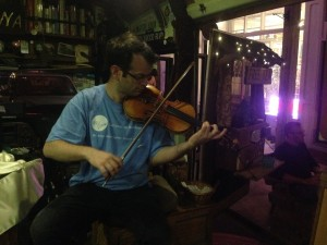 William from #AmericanCultureIs plays some classical music on Edna.